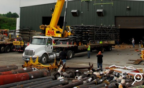 Loading a pipe rack